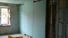 Выравнивание стен гипсокартоном: способы и этапы проведения работ