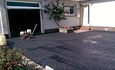 Как отремонтировать асфальтовое покрытие около дома: методы и последовательность работ