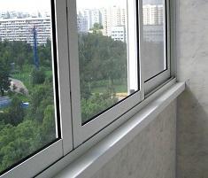 Для чего проводится холодное остекление балконов: назначение и советы