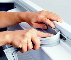 Уплотнитель на холодильник: выбор, этапы замены и особенности