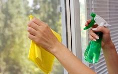 Как и чем самостоятельно помыть окно: средства и этапы процесса