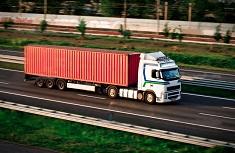 В чем преимущества контейнерных перевозок строительных материалов