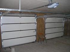 Виды конструкций и основы монтажа секционных гаражных ворот