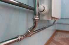 Способы и особенности разводки труб отопления в частном доме
